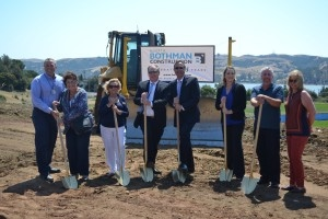 2016.08.17 BHS.GROUNDBREAKING.shovels